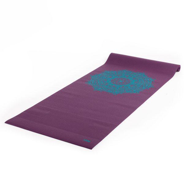 yoga mat mandala centric blauw met paarse achtergrond